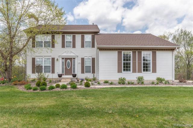 3390 Snowden Ln, Howell, MI 48843 (MLS #R219046450) :: The Toth Team