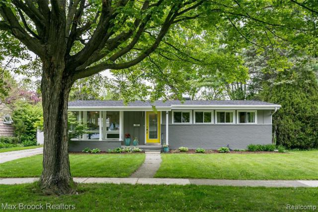 2710 Radcliffe Ave, Ann Arbor, MI 48104 (MLS #R219046460) :: The Toth Team