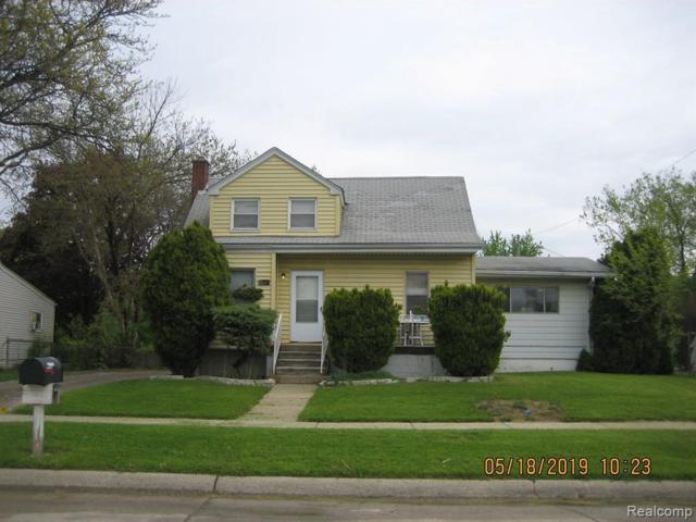 11469 Continental Ave, Warren, MI 48089 (MLS #R219046573) :: The Toth Team