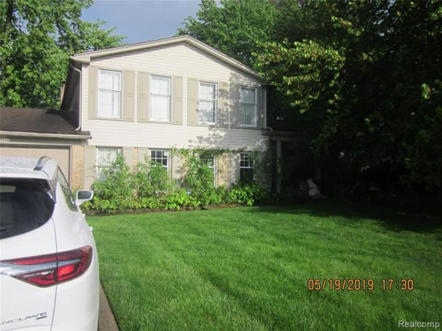 25566 Kilreigh Dr, Farmington Hills, MI 48336 (MLS #R219046787) :: The Toth Team