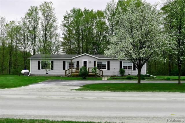 1824 Sturevant Rd, Kimball, MI 48074 (MLS #R219047209) :: The Toth Team