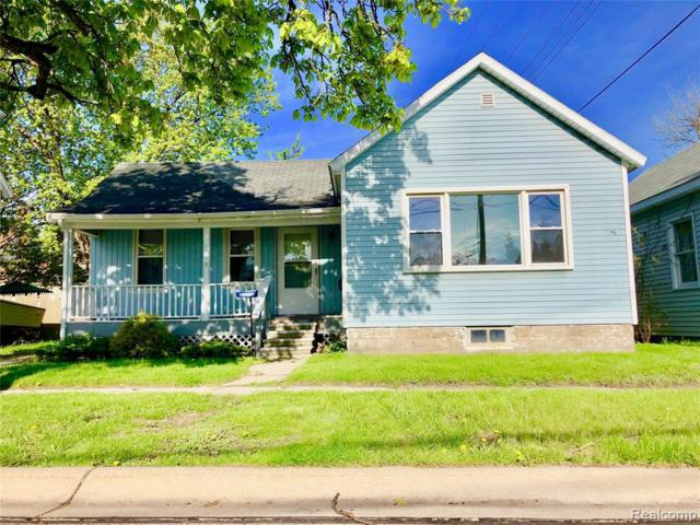 1615 8th St, Port Huron, MI 48060 (MLS #R219047230) :: The Toth Team
