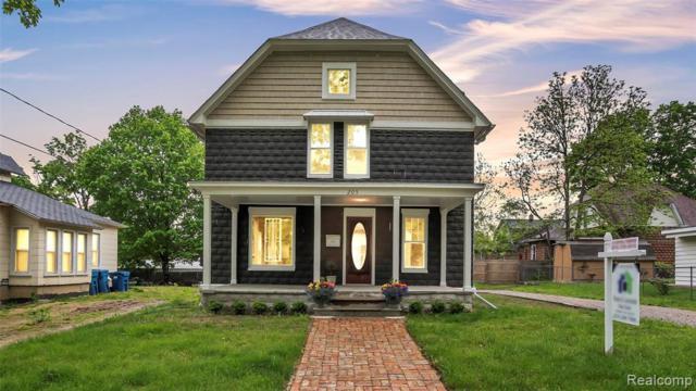 205 E Sherman St, Holly, MI 48442 (MLS #R219048326) :: Berkshire Hathaway HomeServices Snyder & Company, Realtors®