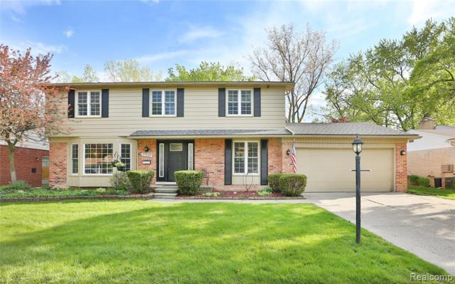 37535 Kingsbury St, Livonia, MI 48154 (MLS #R219049375) :: The Toth Team