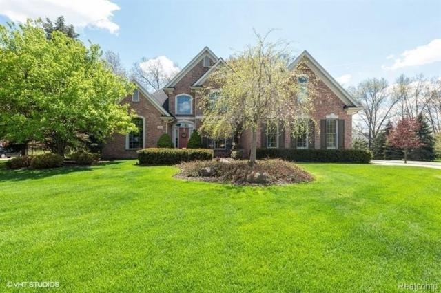 13868 Bridgewater Crt, South Lyon, MI 48178 (MLS #R219056904) :: Berkshire Hathaway HomeServices Snyder & Company, Realtors®