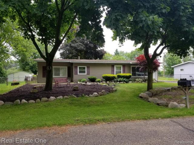3787 Gainesborough Dr, Lake Orion, MI 48359 (MLS #R219057729) :: Berkshire Hathaway HomeServices Snyder & Company, Realtors®