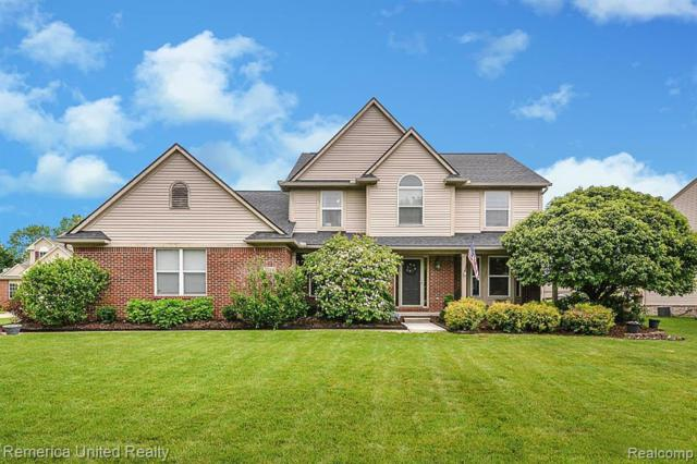 1214 Still Valley Dr, Howell, MI 48855 (MLS #R219057913) :: The Toth Team