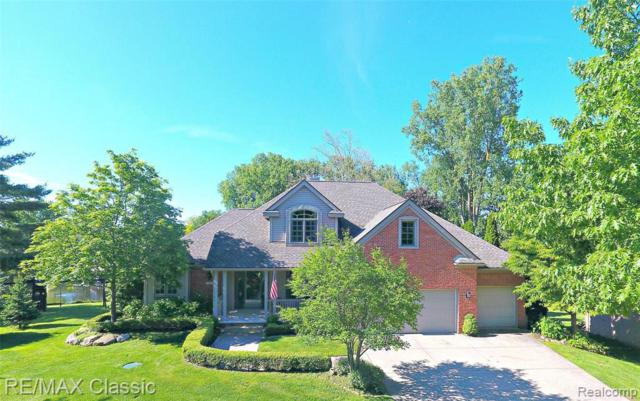 3402 Kingsway Dr, Highland, MI 48356 (MLS #R219058596) :: Berkshire Hathaway HomeServices Snyder & Company, Realtors®