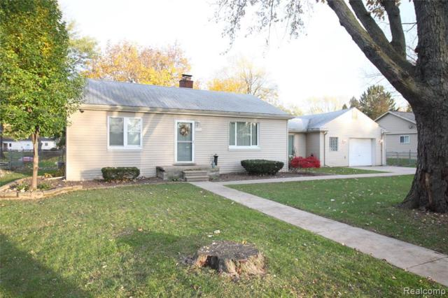 36516 Mulberry St, Clinton, MI 48035 (MLS #R219059943) :: The Toth Team