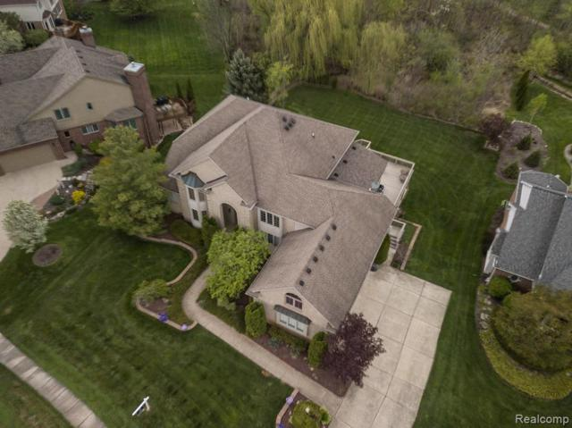 22892 St Andrews Dr, South Lyon, MI 48178 (MLS #R219061263) :: The Toth Team