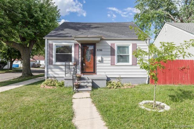 2196 Reo Ave, Lincoln Park, MI 48146 (MLS #R219068757) :: The Toth Team
