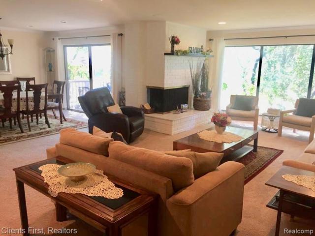 7216 Bridge Way, West Bloomfield, MI 48322 (MLS #R219070159) :: Berkshire Hathaway HomeServices Snyder & Company, Realtors®