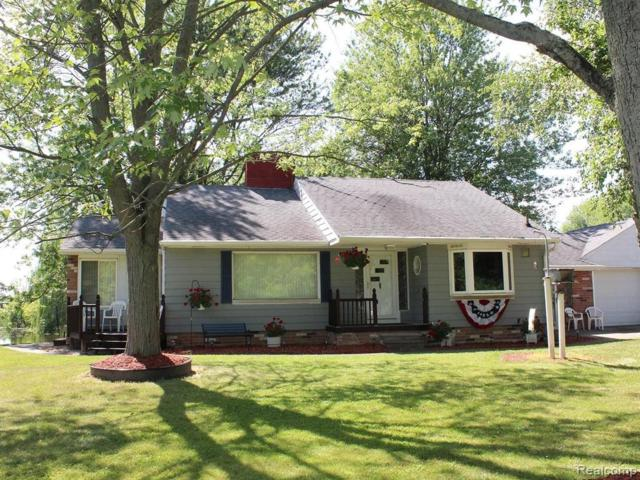 1737 Belle River Rd, East China, MI 48054 (MLS #R219071807) :: The Toth Team