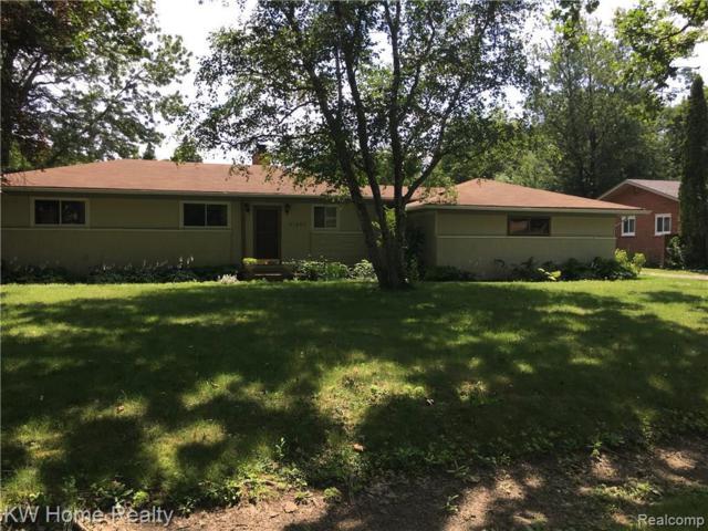 31643 Bella Vista Dr, Farmington Hills, MI 48334 (MLS #R219073249) :: The Toth Team