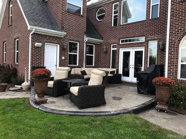 5393 Wildwood Dr, Howell, MI 48843 (MLS #R219080136) :: Berkshire Hathaway HomeServices Snyder & Company, Realtors®