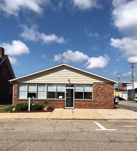 106 N 2nd St, Fowlerville, MI 48836 (MLS #R219080597) :: The Toth Team