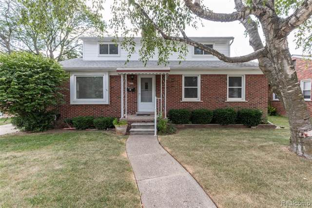 9833 Westmore St, Livonia, MI 48150 (MLS #R219082563) :: The Toth Team