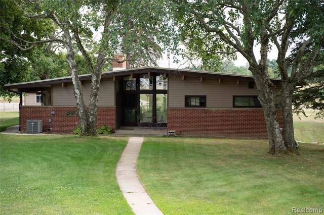 2845 Seymour Lake Rd, Oxford, MI 48371 (MLS #R219082629) :: Berkshire Hathaway HomeServices Snyder & Company, Realtors®