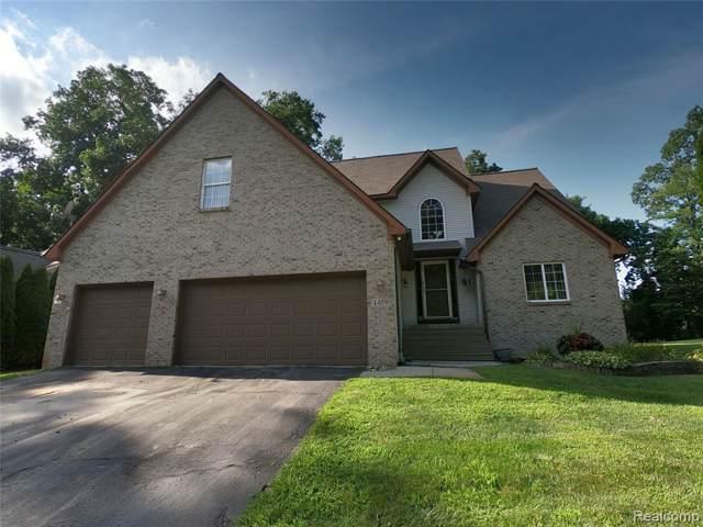 1459 Odette, Hartland, MI 48353 (MLS #R219082701) :: Berkshire Hathaway HomeServices Snyder & Company, Realtors®