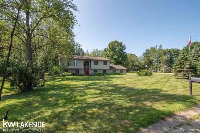 4825 Apache Trl, Columbiaville, MI 48421 (MLS #R219084289) :: Berkshire Hathaway HomeServices Snyder & Company, Realtors®