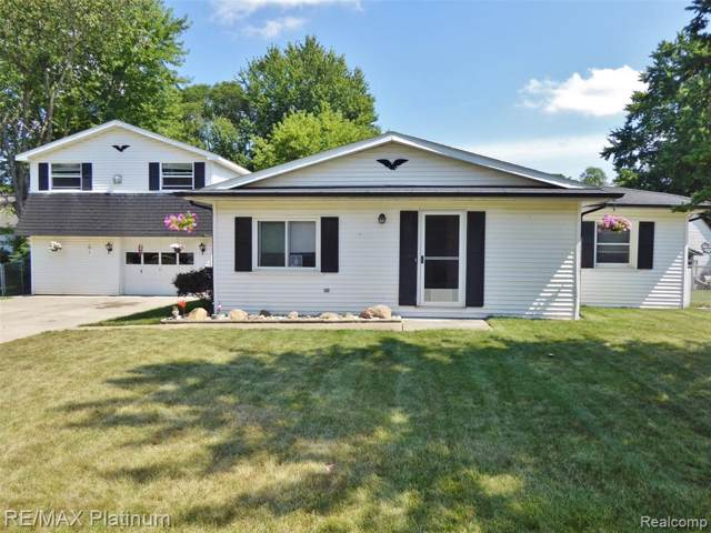 7908 Coyle Rd, Whitmore Lake, MI 48189 (MLS #R219084497) :: Berkshire Hathaway HomeServices Snyder & Company, Realtors®
