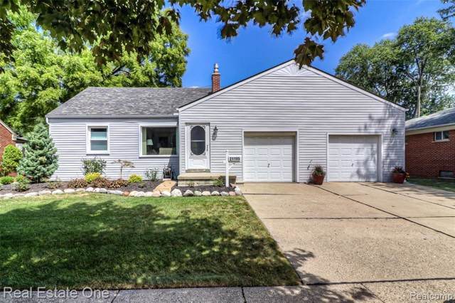 21195 Outer Dr, Dearborn, MI 48124 (MLS #R219084830) :: The Toth Team