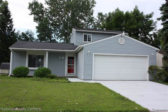 28819 Burning Tree Ln, Romulus, MI 48174 (MLS #R219085079) :: Berkshire Hathaway HomeServices Snyder & Company, Realtors®