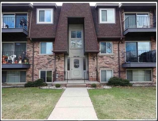 524 Riviera Dr, Saint Clair Shores, MI 48080 (MLS #R219085500) :: Berkshire Hathaway HomeServices Snyder & Company, Realtors®