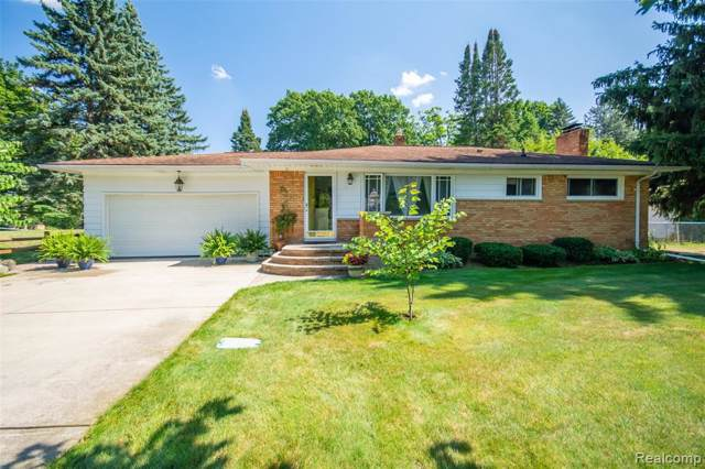2598 Hathon Dr, Waterford, MI 48329 (MLS #R219085524) :: Berkshire Hathaway HomeServices Snyder & Company, Realtors®