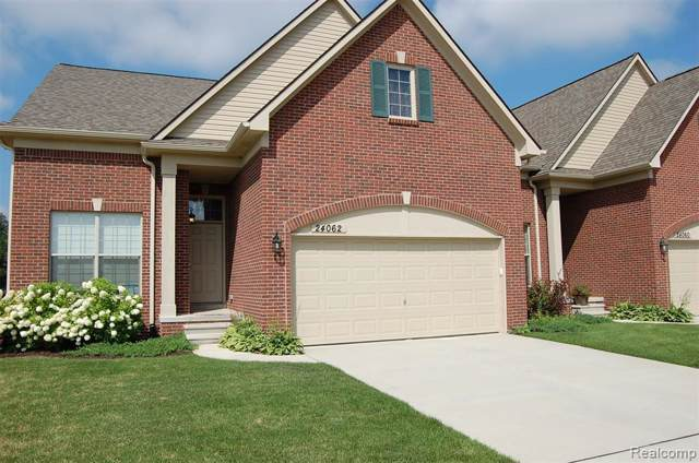 24062 Hemlock Dr, Flat Rock, MI 48134 (MLS #R219086265) :: Berkshire Hathaway HomeServices Snyder & Company, Realtors®