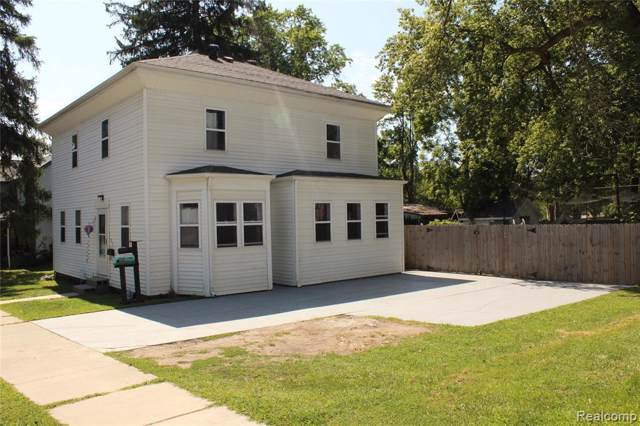 510 S Michigan Ave, Howell, MI 48843 (MLS #R219087112) :: The Toth Team