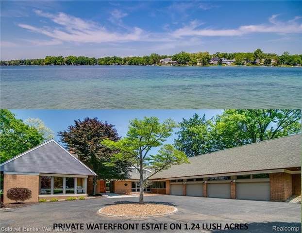 6740 Commerce Rd, West Bloomfield, MI 48324 (MLS #R219087208) :: The Toth Team