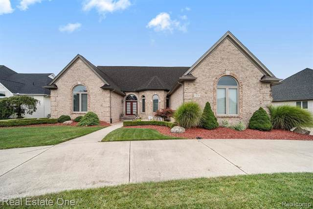 13191 Florentine Dr, Shelby, MI 48315 (MLS #R219089642) :: The Toth Team