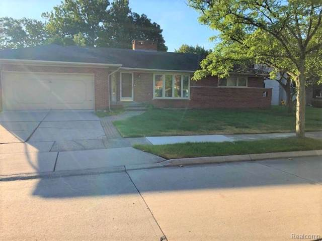 19976 W Emory Crt, Grosse Pointe Woods, MI 48236 (MLS #R219091508) :: Berkshire Hathaway HomeServices Snyder & Company, Realtors®