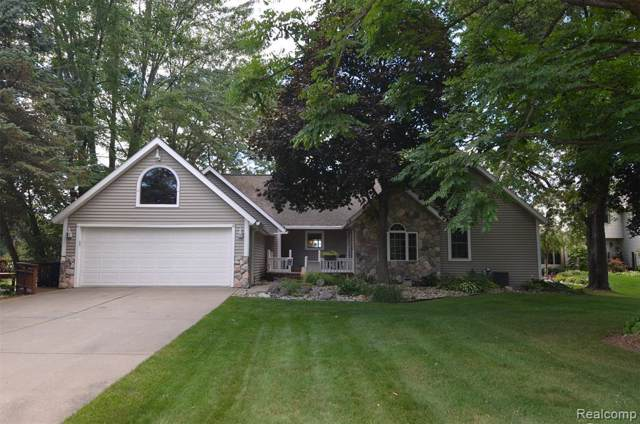 9320 Hills Cove Dr, Goodrich, MI 48438 (MLS #R219091626) :: The Toth Team