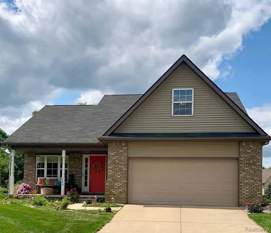 7490 Cedar Crt, Goodrich, MI 48438 (MLS #R219091785) :: The Toth Team