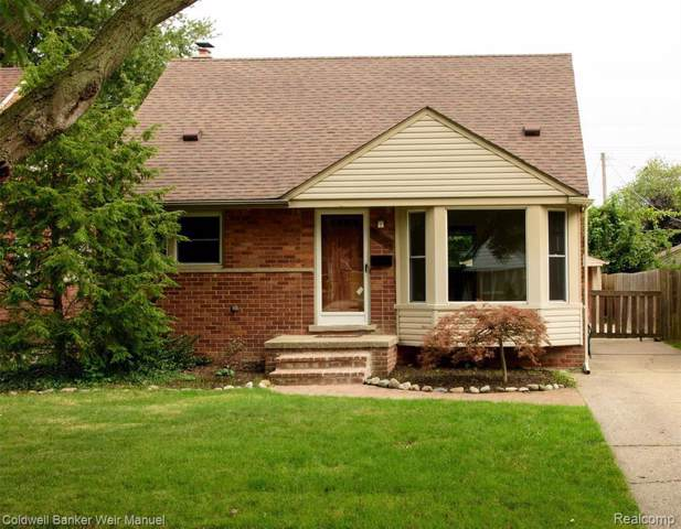 20291 Country Club Dr, Harper Woods, MI 48225 (MLS #R219092975) :: Berkshire Hathaway HomeServices Snyder & Company, Realtors®