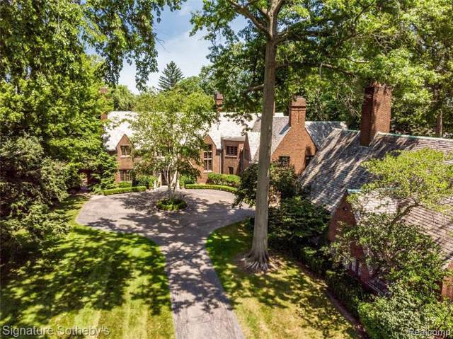 330 Provencal Rd, Grosse Pointe Farms, MI 48236 (MLS #R219094178) :: Berkshire Hathaway HomeServices Snyder & Company, Realtors®
