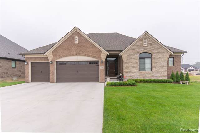 49980 Colony Crt, Macomb, MI 48044 (MLS #R219095096) :: The Toth Team