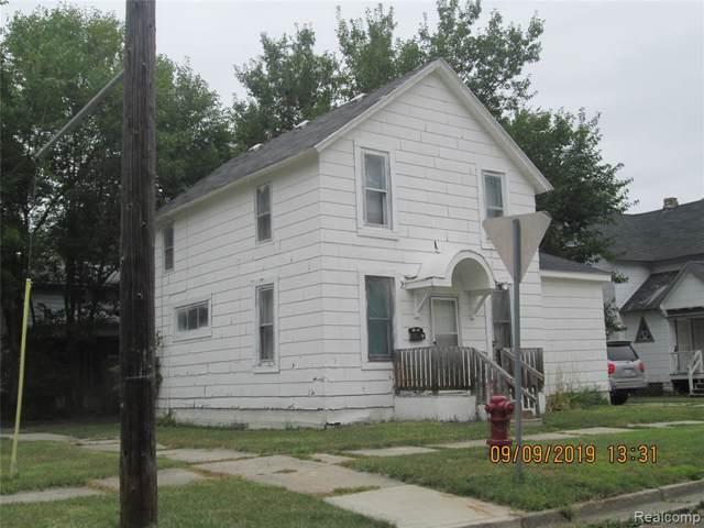 401 N Porter St, Saginaw, MI 48602 (MLS #R219095180) :: Berkshire Hathaway HomeServices Snyder & Company, Realtors®