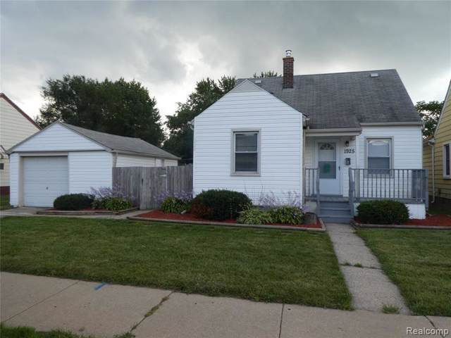 1925 Cicotte Ave, Lincoln Park, MI 48146 (MLS #R219095292) :: The Toth Team