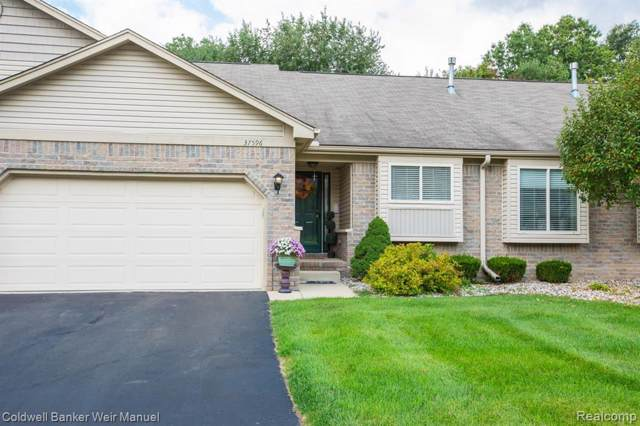 37596 N Dianne Ln, New Boston, MI 48164 (MLS #R219095903) :: Tyler Stipe Team | RE/MAX Platinum