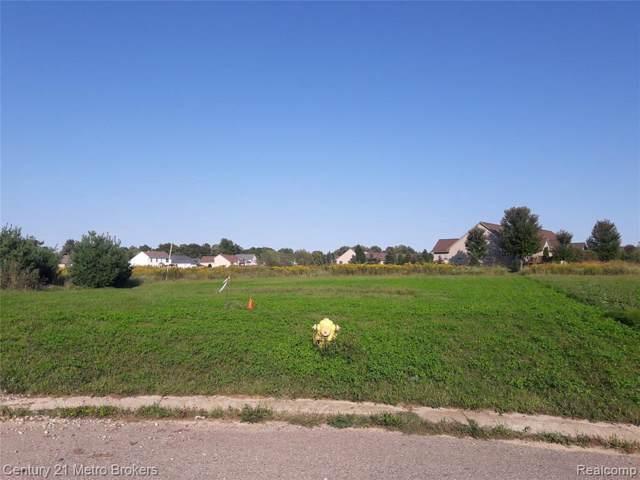 9111 Copper Ridge Crt, Davison, MI 48423 (MLS #R219096608) :: Berkshire Hathaway HomeServices Snyder & Company, Realtors®