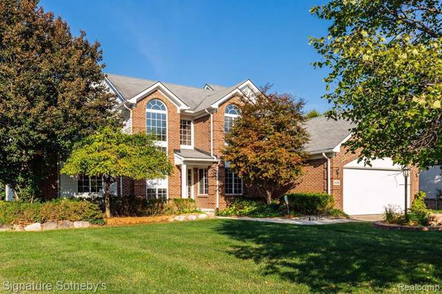 24469 Elmhurst Ave, Glr Out Of Area, MI 48336 (MLS #R219096937) :: The Toth Team
