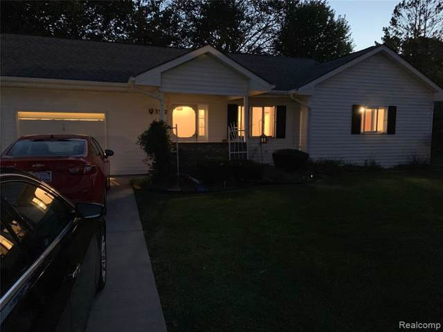 3352 Pine Villa Crt, Grand Blanc, MI 48439 (MLS #R219097221) :: The Toth Team