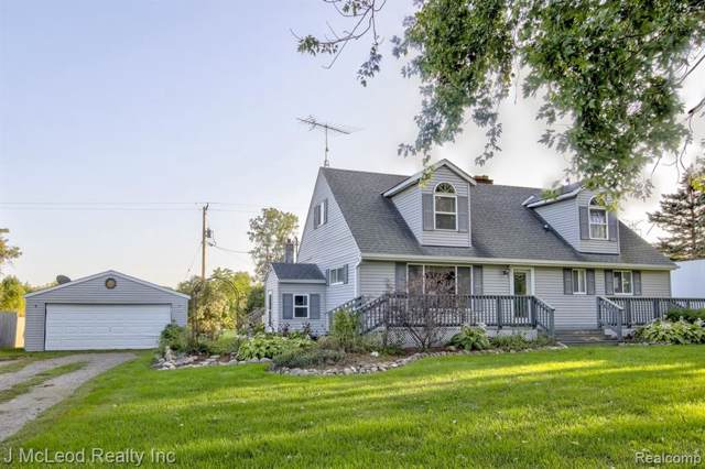 6208 Lake Rd, Millington, MI 48746 (MLS #R219097336) :: The Toth Team