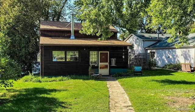 3600 E Lake Dr, Metamora, MI 48455 (MLS #R219105113) :: Berkshire Hathaway HomeServices Snyder & Company, Realtors®