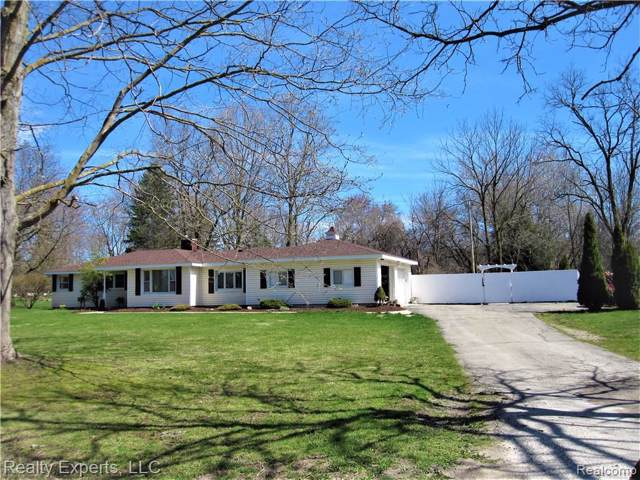 14450 Island Lake Rd, Chelsea, MI 48118 (MLS #R219113047) :: Berkshire Hathaway HomeServices Snyder & Company, Realtors®