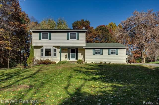10742 Big Lake Rd, Davisburg, MI 48350 (MLS #R219114177) :: Berkshire Hathaway HomeServices Snyder & Company, Realtors®