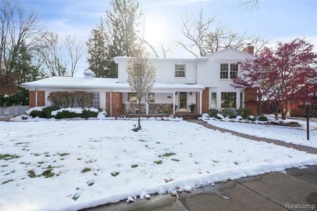 2215 Avon Ln, Birmingham, MI 48009 (MLS #R219116039) :: Berkshire Hathaway HomeServices Snyder & Company, Realtors®
